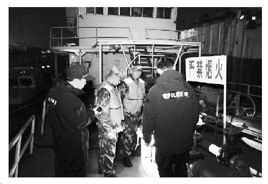 涉案7亿!广州海关联合海警部门破获成品...