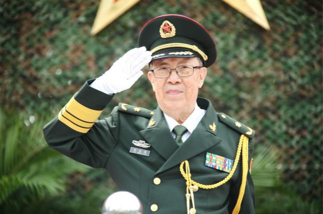 """97岁""""中国肝胆外科之父""""吴孟超昨日院..."""