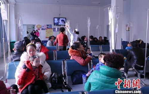 卫健委:全国国家级贫困县县医院实现远...