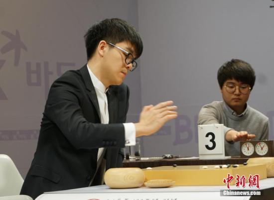 世界冠军柯洁被清华录取 网友:他也确...