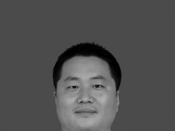海军牺牲飞行员任永涛、粘金鑫被批准为烈士