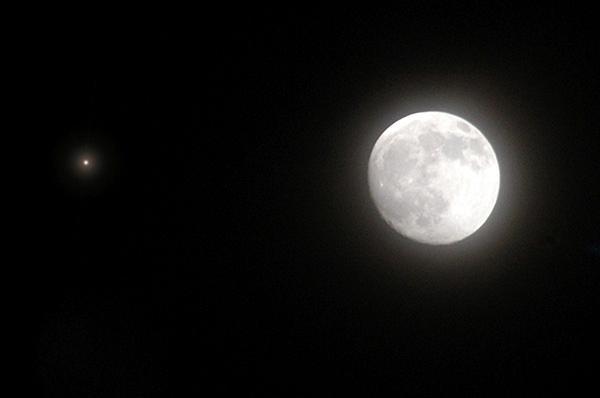"""""""木星合月""""27日上演,看""""巨无霸""""约..."""