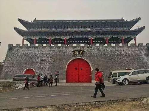 """牡丹江""""曹园""""违建问题初步查明 即日..."""
